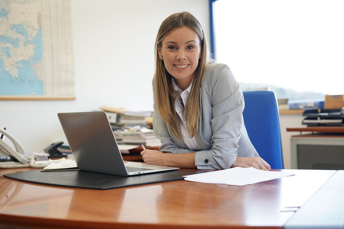 6 Signs It's Time to Hire an Accountant for Tax Help