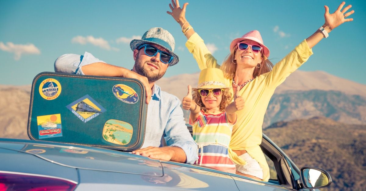 13 Road Trip Essentials: An Easy Checklist for a Successful Trip in 2021