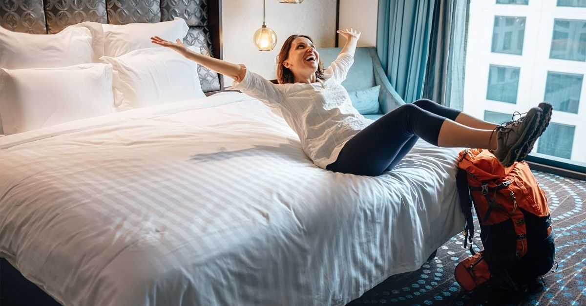 9 Hotel Credit Cards That Offer Free Night Certificates